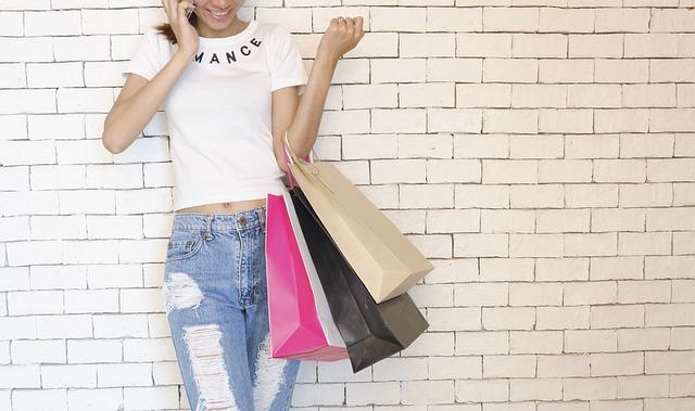 Pesquisa mostra que moda, beleza e saúde foram as categorias mais procuradas no Dia do Cliente