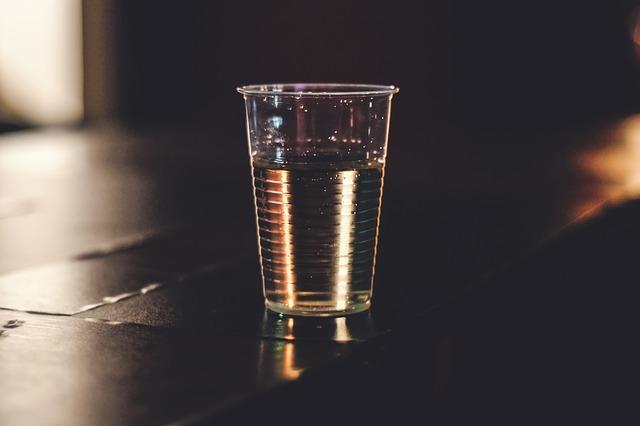 Governo de São Paulo cria Lei que proíbe copos e talheres de plástico em comércio paulistano